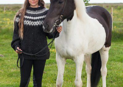 Sigríður Lilja með hest